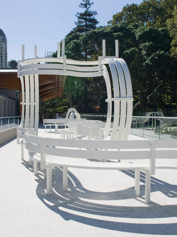 Jeppe Hein: Long Modified Bench Auckland