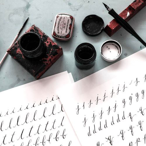 Contemporary pointed-pen calligraphy workshop