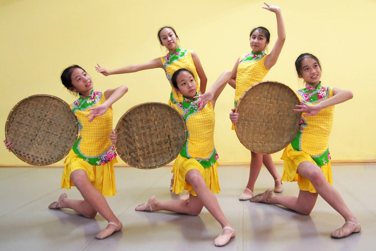 Shun-Tien Junior High School Dance Performance