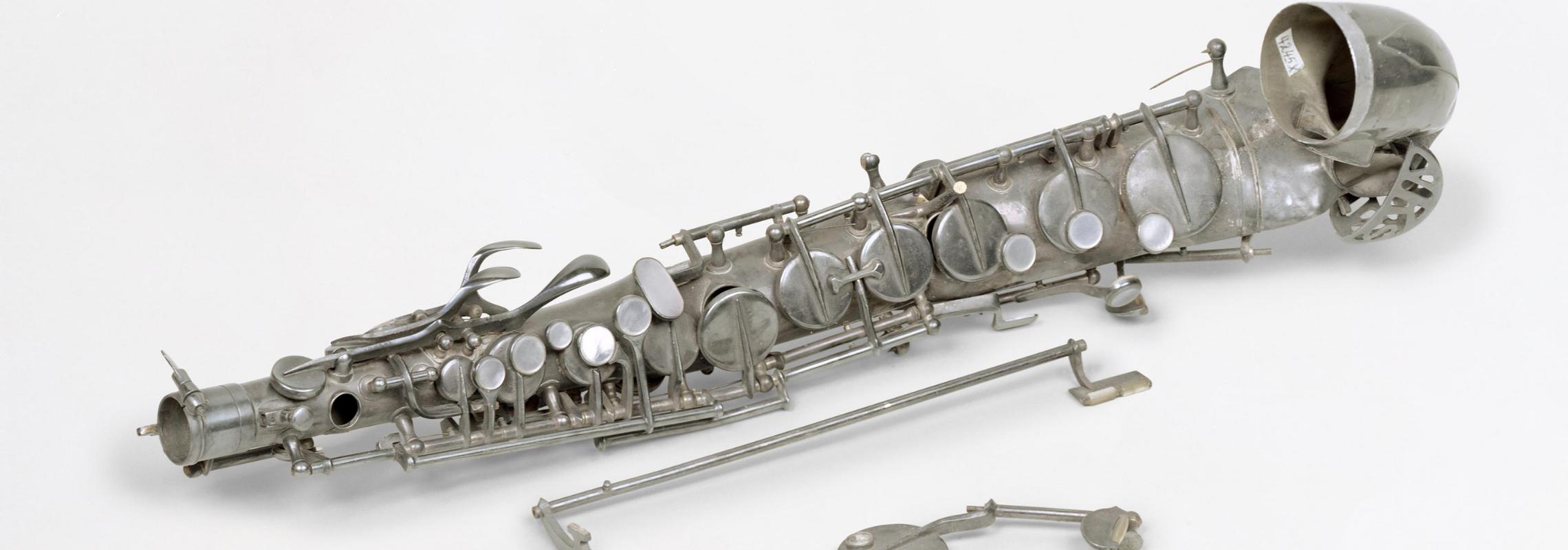 Susan Philipsz: War Damaged Musical Instruments