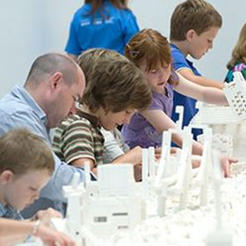 LEGO fans set to let loose at Auckland Art Gallery Image