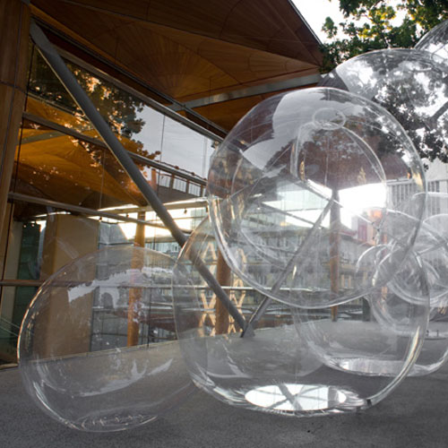 Artist's bubbles burst to life on Gallery sculpture terrace Image