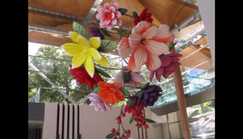 Choi Jeong Hwa on Flower Chandelier Image