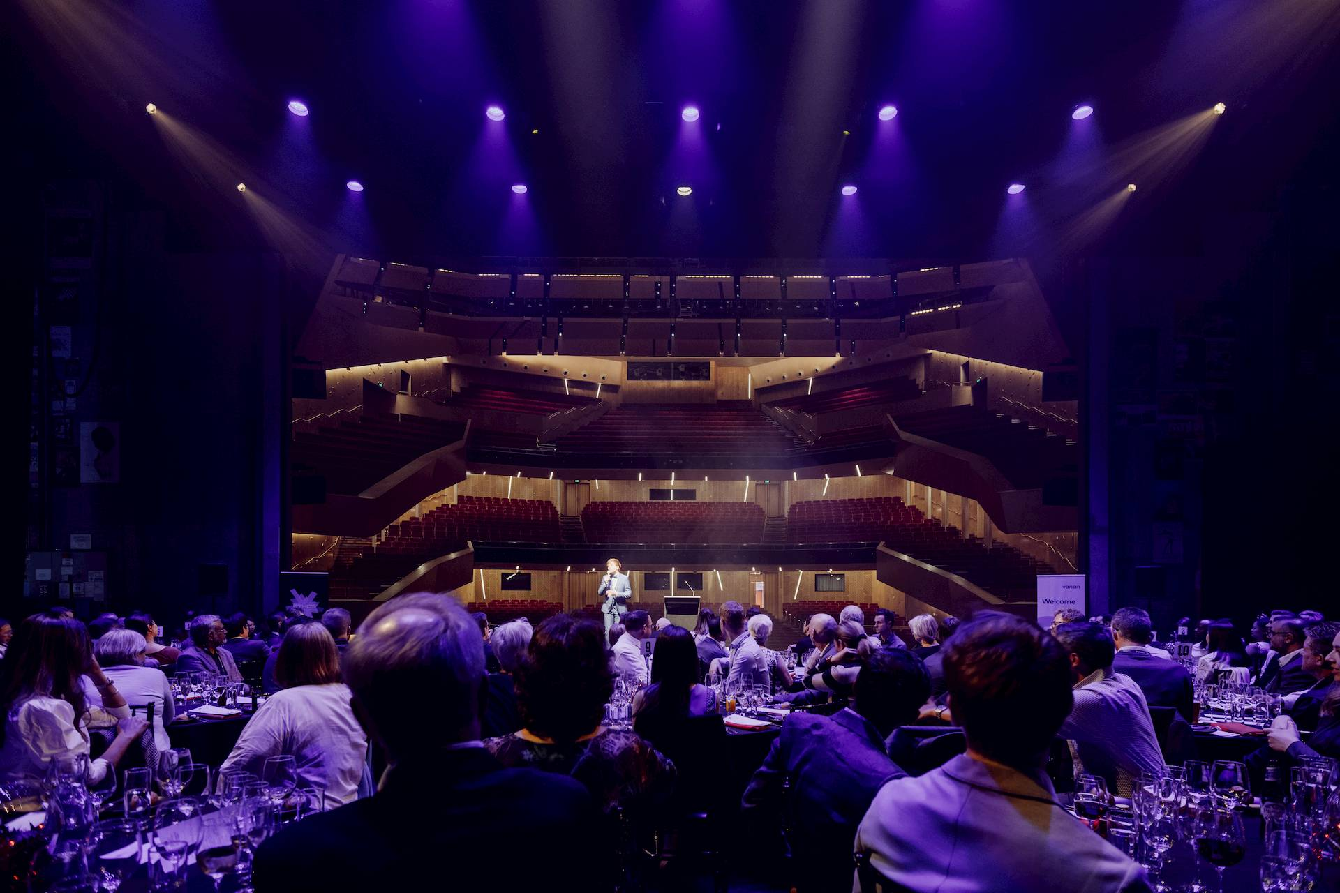 https://rfacdn.nz/conventions/assets/media/aotea-centre-kiri-te-kanawa-theatre-dinner-22-resized.jpg