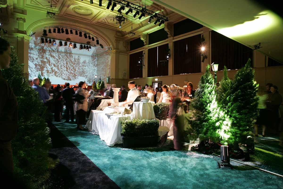 https://rfacdn.nz/conventions/assets/media/auckland-town-hall-concert-chamber-banquet-3.jpg