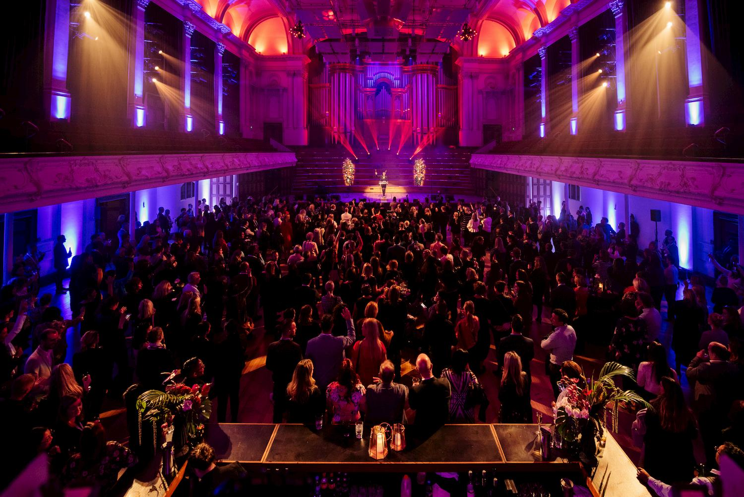 https://rfacdn.nz/conventions/assets/media/auckland-town-hall-great-hall-cocktail-14.jpg
