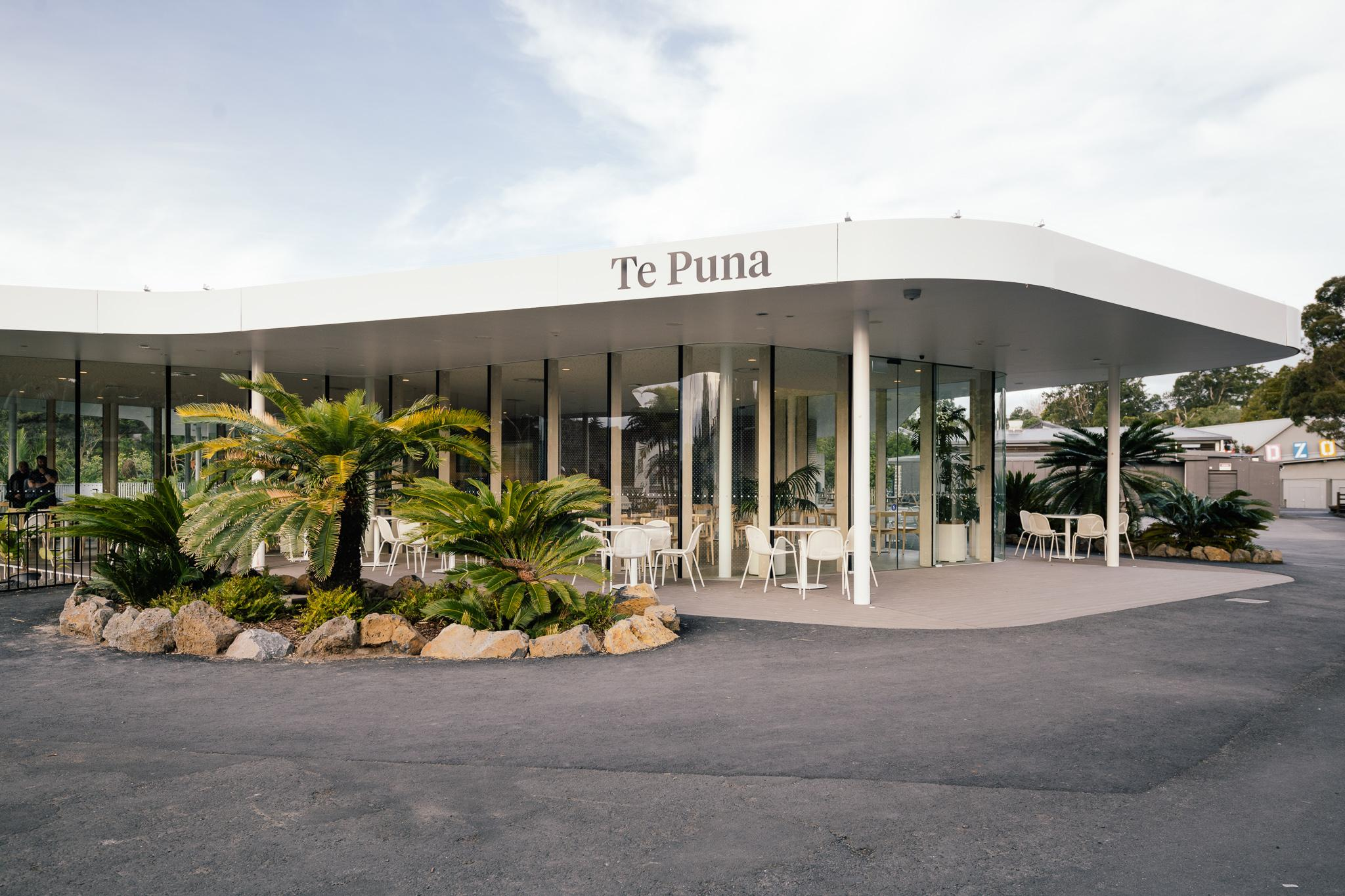 https://rfacdn.nz/conventions/assets/media/auckland-zoo-te-puna-exterior-3.jpg