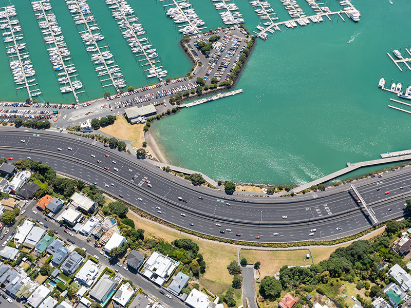 https://rfacdn.nz/corporate/assets/media/invest-gallery-auckland-motorway-with-marina-full-of-boats-and-houses-on-each-side.jpg