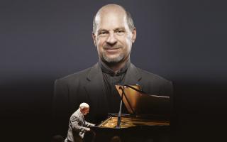 Houstoun Plays Rachmaninov