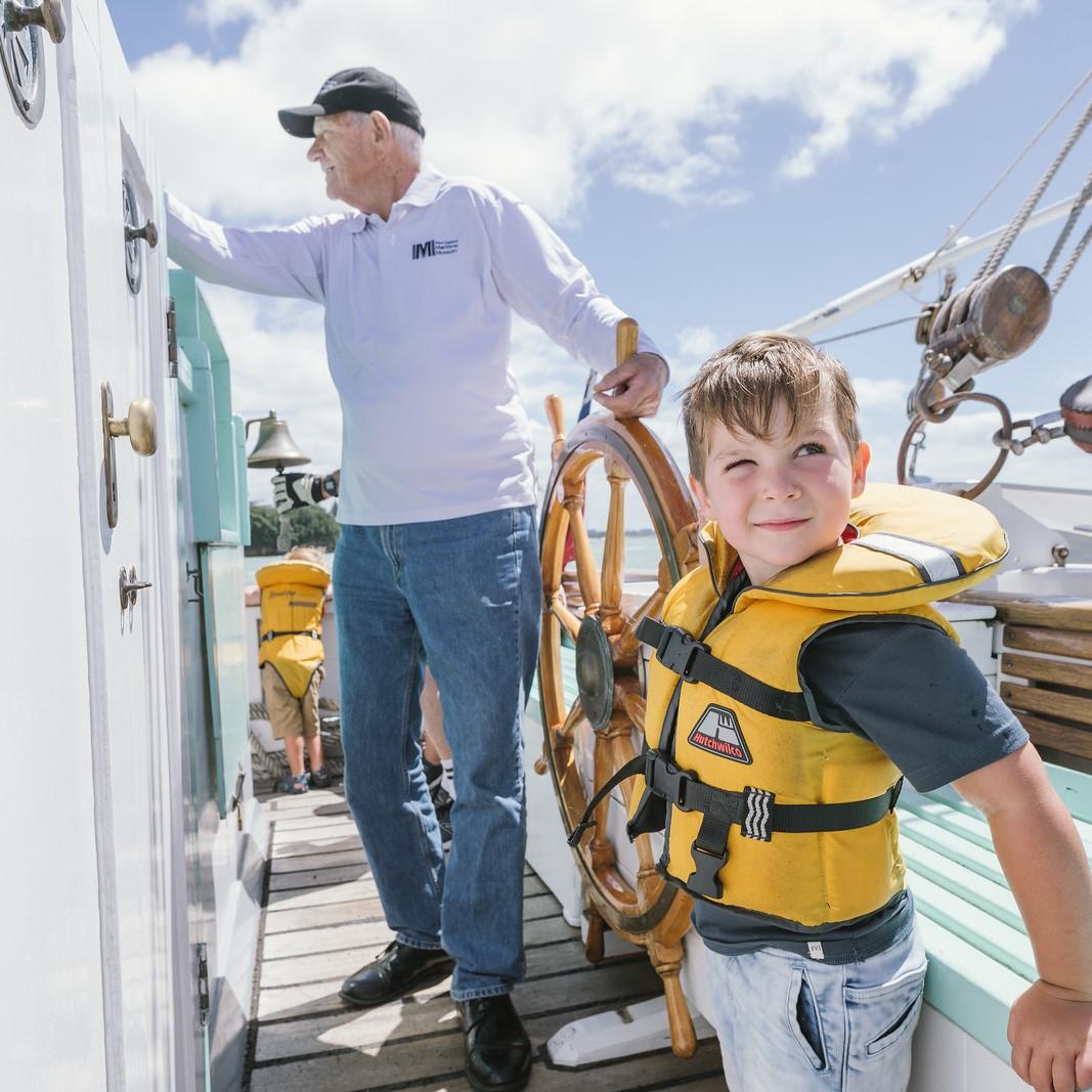 https://rfacdn.nz/maritime/assets/media/boy-sailing-thumbnail.jpg