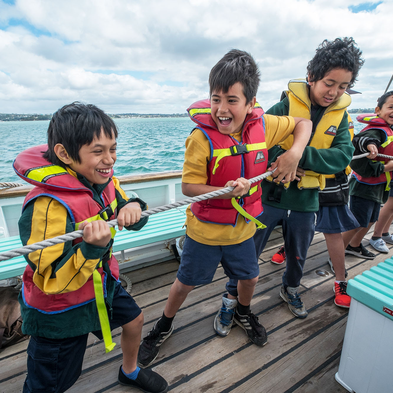 https://rfacdn.nz/maritime/assets/media/schools-education-sailing-ted-ashby-explorers-thumbnail.jpg