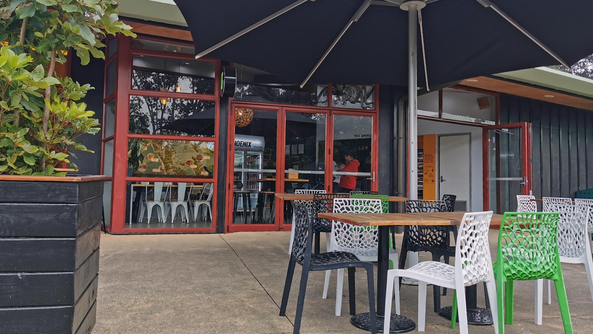 https://rfacdn.nz/zoo/assets/media/wetapunga-cafe-exterior-gallery.jpg